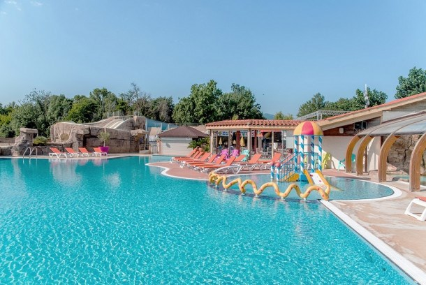 Camping Club Le Littoral 5* - Cottage Bahia Grand Confort TV Clim - 3 chambres - 6 personnes