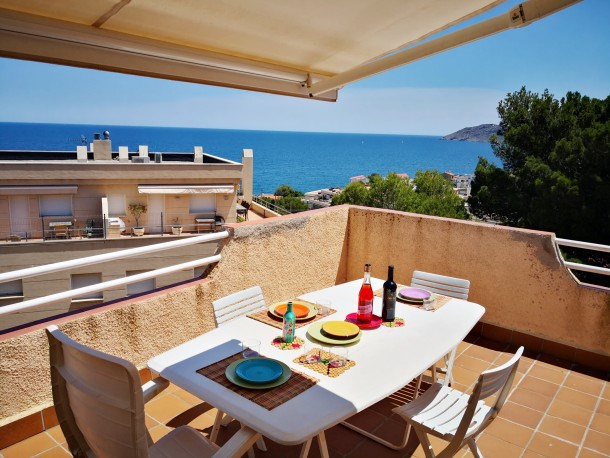 Location vacances Llançà -  Appartement - 6 personnes - Barbecue - Photo N° 1