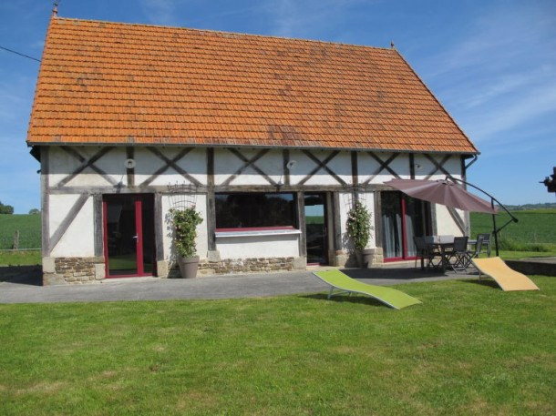Location vacances Isigny-le-Buat -  Maison - 4 personnes - Barbecue - Photo N° 1