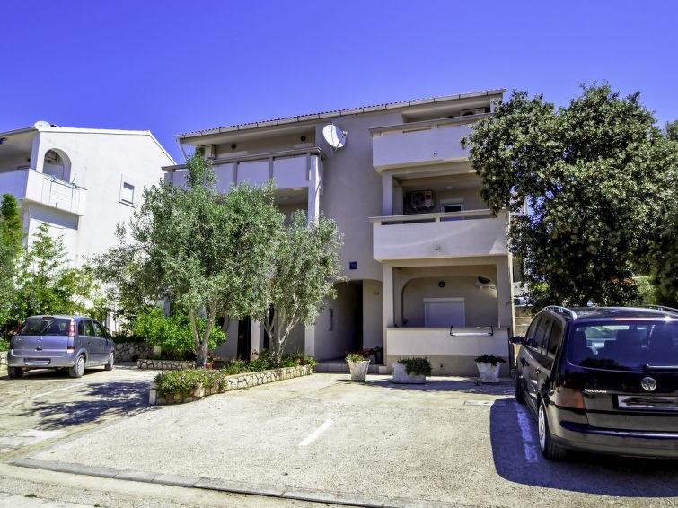 Appartement pour 3 personnes à Pag/Mandre