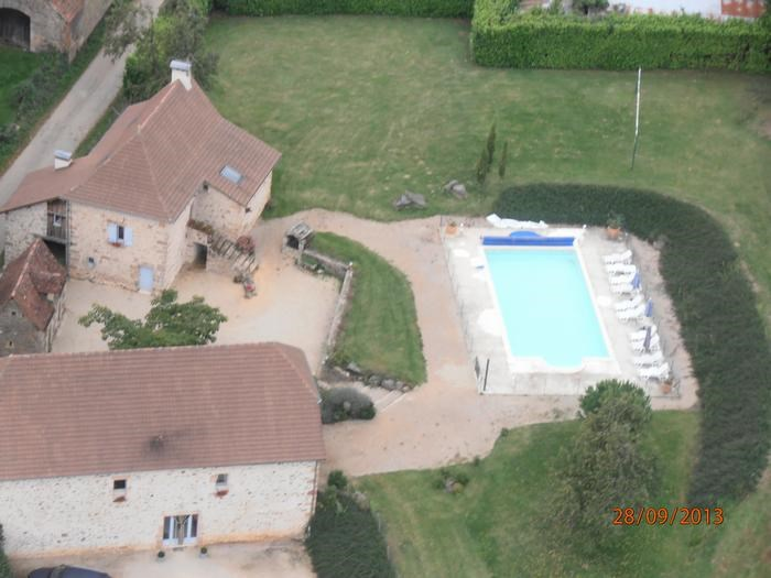 Location vacances Espeyroux -  Maison - 22 personnes - Barbecue - Photo N° 1