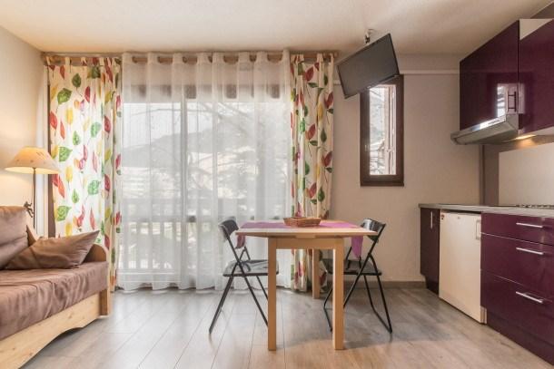 Location vacances Briançon -  Appartement - 3 personnes - Télévision - Photo N° 1