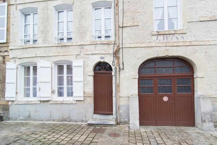 Holiday rentals Charleville-Mézières - Apartment - 2 persons - Television - Photo N° 1