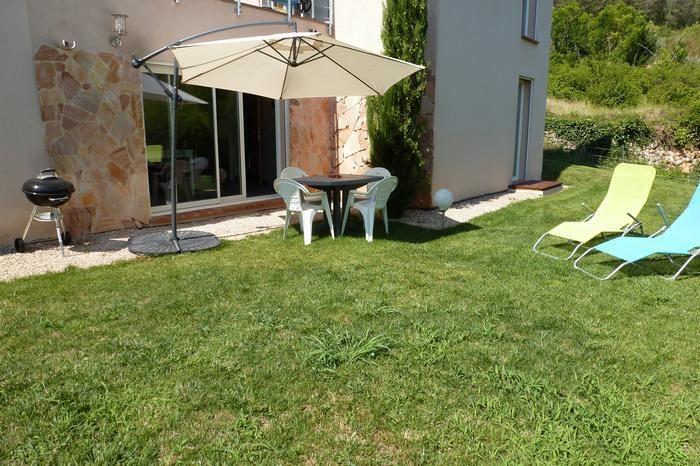 Location vacances Solliès-Toucas -  Appartement - 5 personnes - Barbecue - Photo N° 1