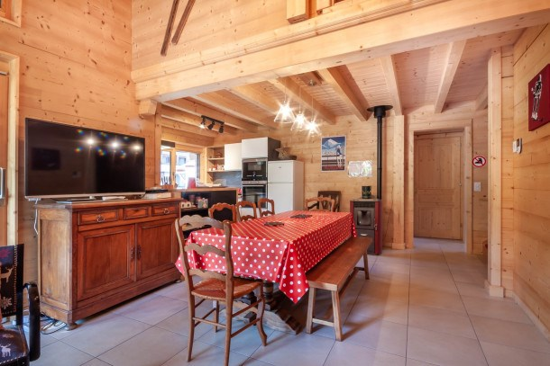 Location vacances Morzine -  Maison - 9 personnes - Salon de jardin - Photo N° 1