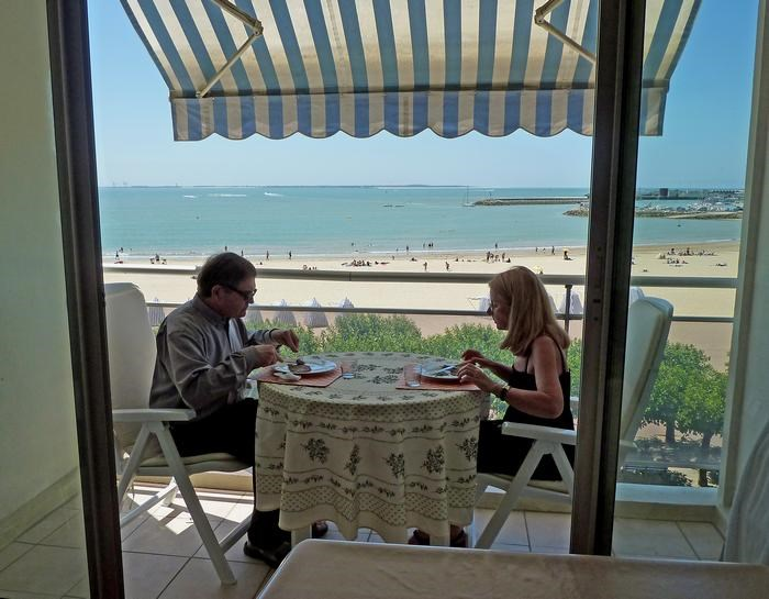 Holiday rentals Royan - Apartment - 4 persons - Garden furniture - Photo N° 1