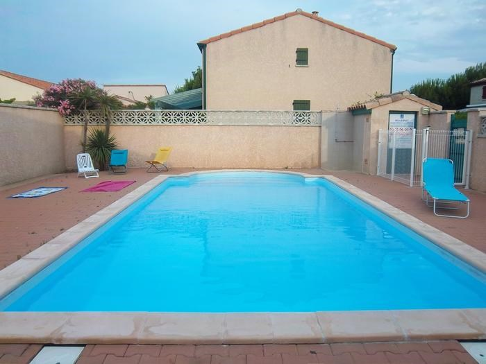 Holiday rentals Sainte-Marie-la-Mer - House - 5 persons - BBQ - Photo N° 1