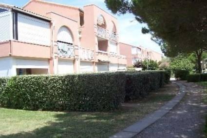 F2 pour 4 personnes situé à la résidence Les Soleillades en rez-de-jardin.