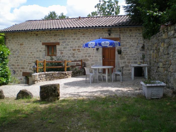 pour 4 pers. avec piscine privée, Salles-la-Source