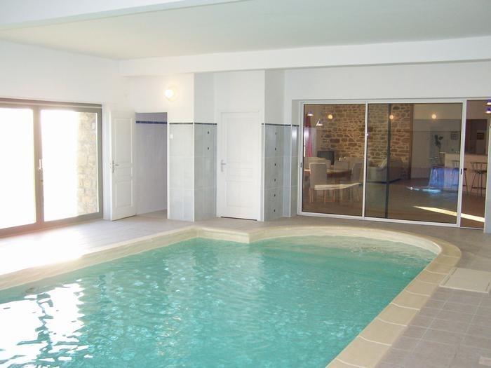 Maison pour 12 pers. avec piscine privée, Saint-Georges-de-Gréhaigne