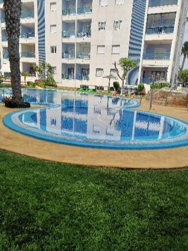 appartement calme et familial avec piscine