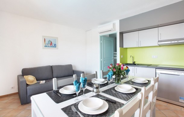 Location vacances Grimaud -  Appartement - 2 personnes - Congélateur - Photo N° 1