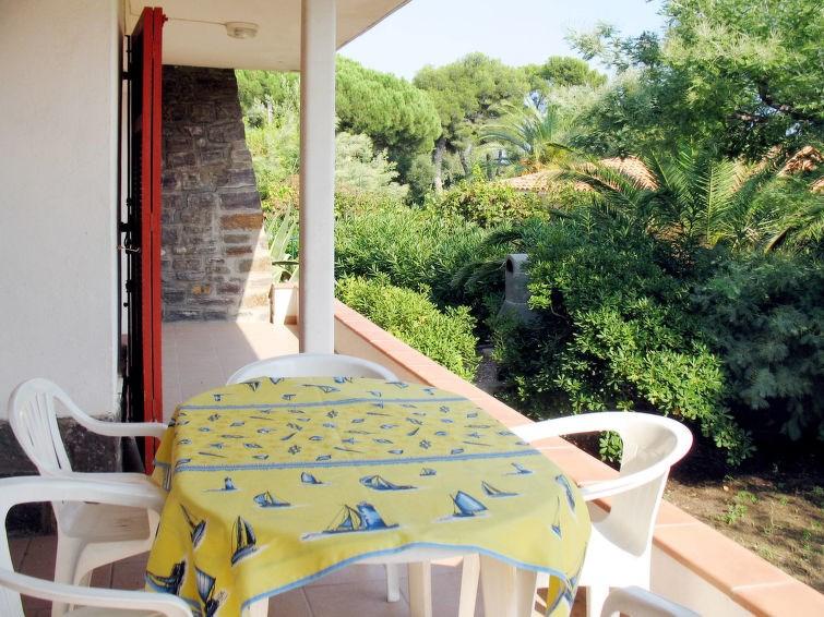 Location vacances Roquebrune-sur-Argens -  Appartement - 6 personnes -  - Photo N° 1