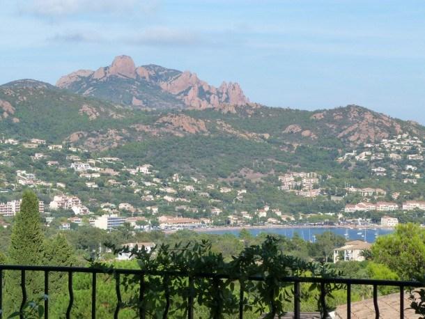 Les balcons des Bastides : 3 pièces jardin vue mer calme O5 - 248la