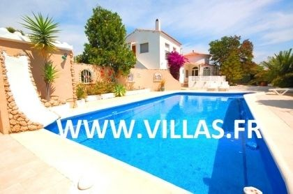 Villa CP Laura - Belle et confortable villa accueillant jusqu'à 12 personnes.