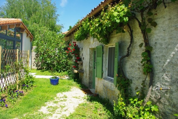 Holiday rentals Blanzay - Cottage - 4 persons - BBQ - Photo N° 1