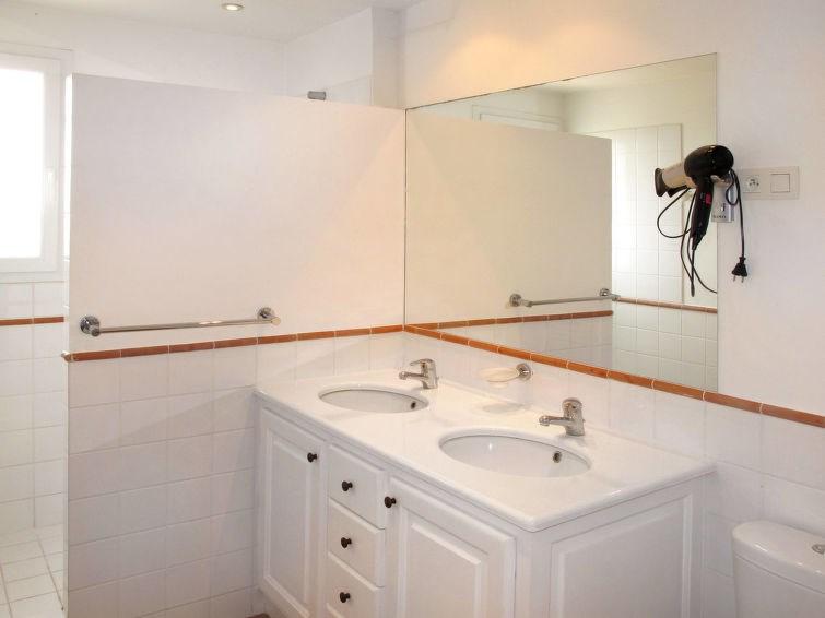 Appartement pour 2 personnes à Roquebrune sur Argens