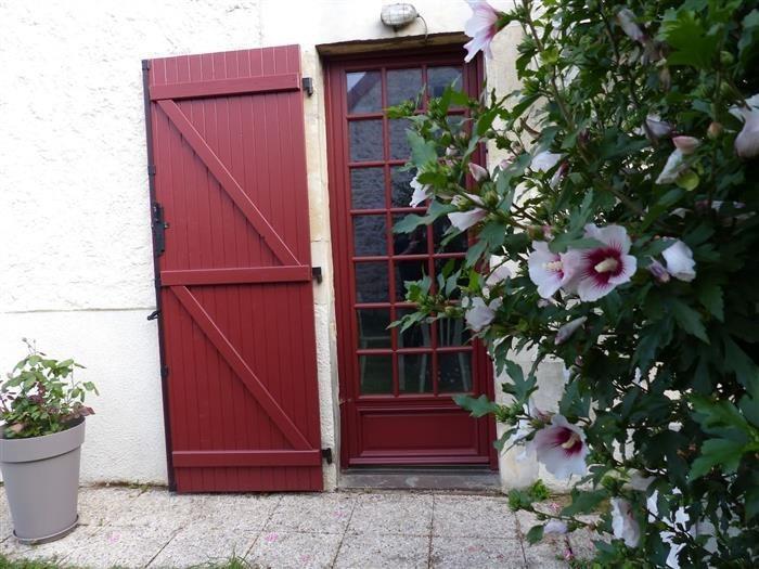 Située sur l'axe principal d'entrée à la ville de Nevers, notre maison est décorée avec goût et o...