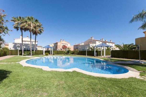 Location vacances Oliva -  Maison - 6 personnes - Jardin - Photo N° 1