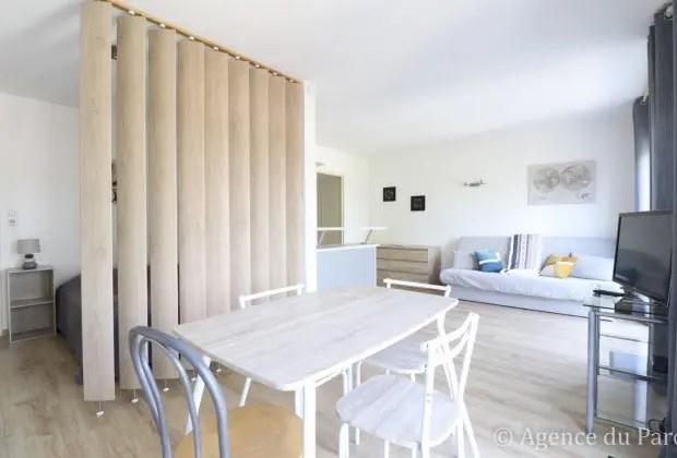 Location vacances Royan -  Appartement - 4 personnes - Salon de jardin - Photo N° 1