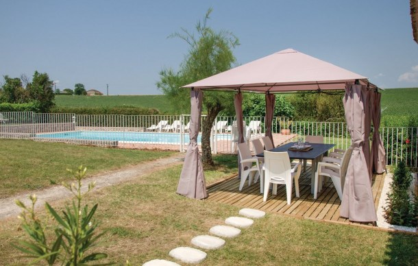 Location vacances Beauville -  Maison - 11 personnes - Barbecue - Photo N° 1