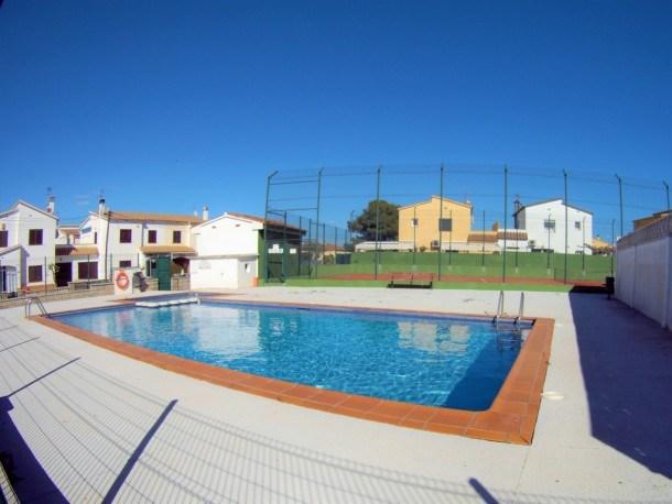 Villa Termes gran casa con piscina comunitaria y tennis, para 8pax