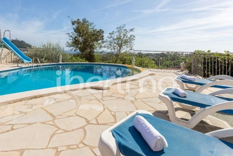 Location vacances Blanes -  Maison - 11 personnes - Barbecue - Photo N° 1