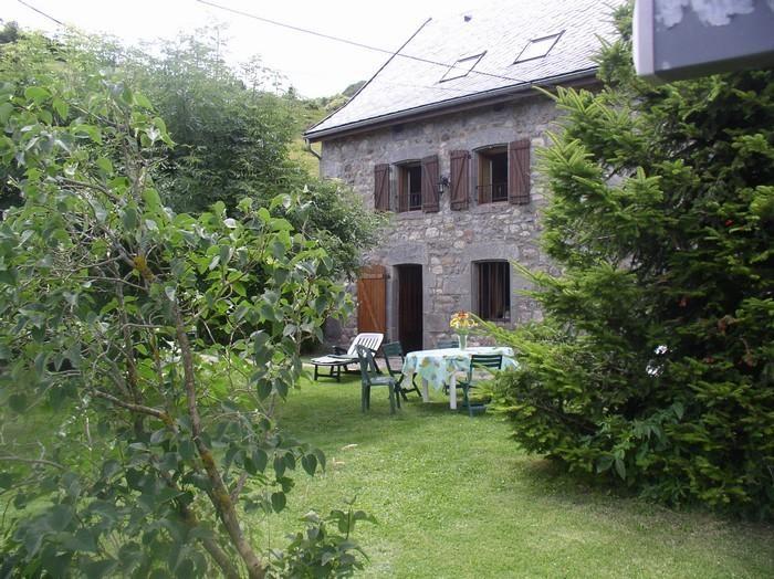 Detached House à CHAMBON SUR LAC