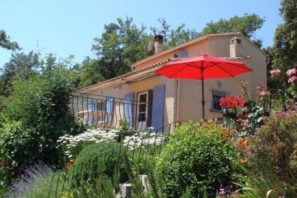 Location vacances Signes -  Maison - 4 personnes - Barbecue - Photo N° 1