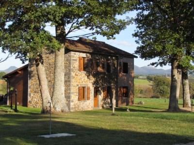 Location vacances Saint-Pierre-le-Chastel -  Gite - 12 personnes - Barbecue - Photo N° 1