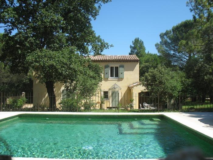 pour 6 pers. avec piscine privée, Suze-la-Rousse