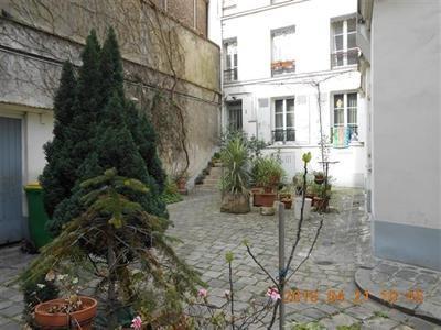 T2, meublé, 1er étage, cour arborée, cuisine équipée - Paris 18ème (75018)-12