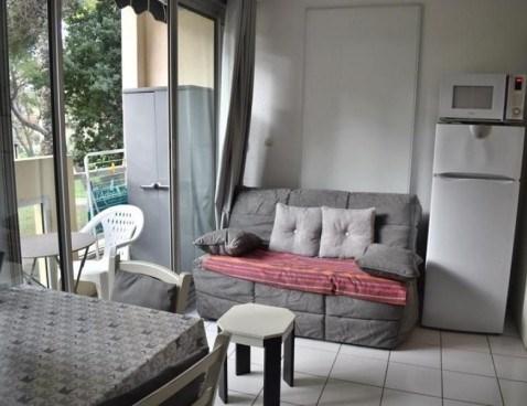 Location vacances Balaruc-les-Bains -  Appartement - 2 personnes - Télévision - Photo N° 1