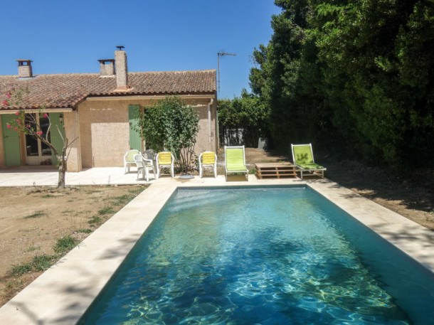 Location vacances Eyragues -  Maison - 6 personnes - Barbecue - Photo N° 1
