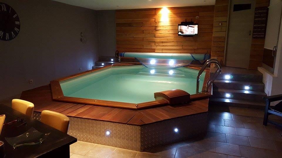 Gite piscine intérieure