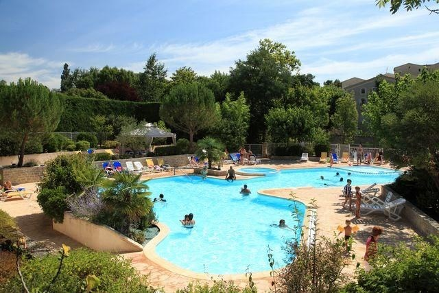 GERVANNE CAMPING, 142 emplacements, 32 locatifs