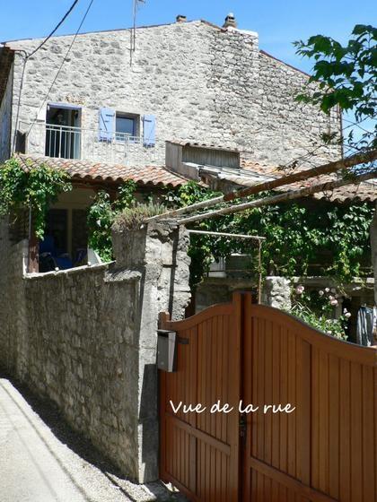 Location vacances Saint-Alban-Auriolles -  Maison - 6 personnes - Barbecue - Photo N° 1