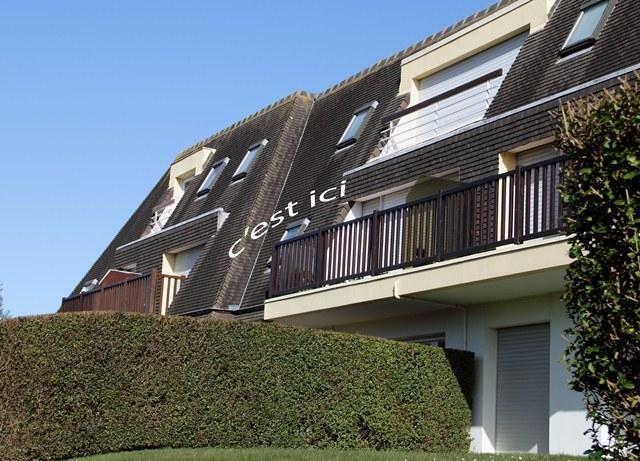 Appartement au 1er étage avec beau balcon plein Ou