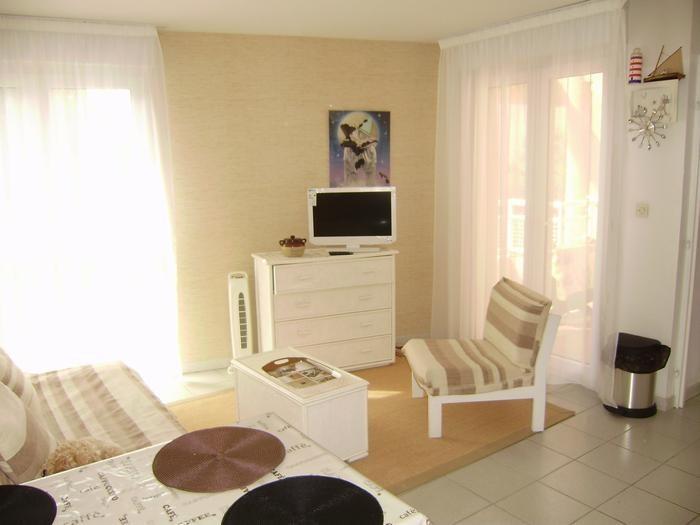 Ferienwohnungen Saint-Cyprien - Wohnung - 4 Personen - Grill - Foto Nr. 1