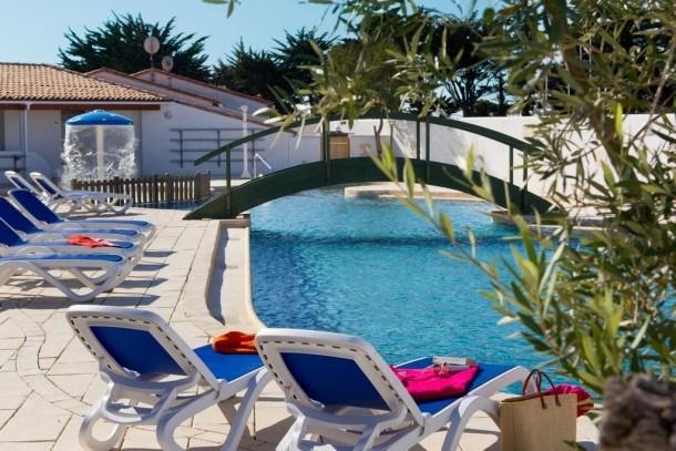 Location vacances Les Portes-en-Ré -  Maison - 6 personnes - Salon de jardin - Photo N° 1