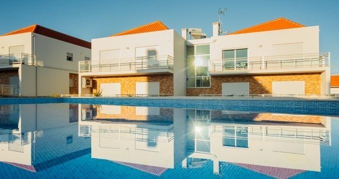 Location vacances Salir do Porto -  Appartement - 4 personnes - Salon de jardin - Photo N° 1