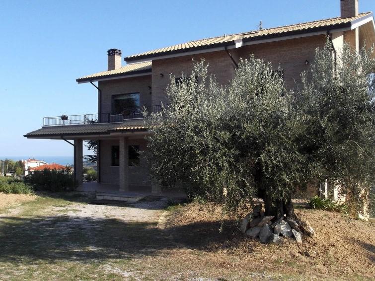 Location vacances Pineto -  Maison - 8 personnes -  - Photo N° 1