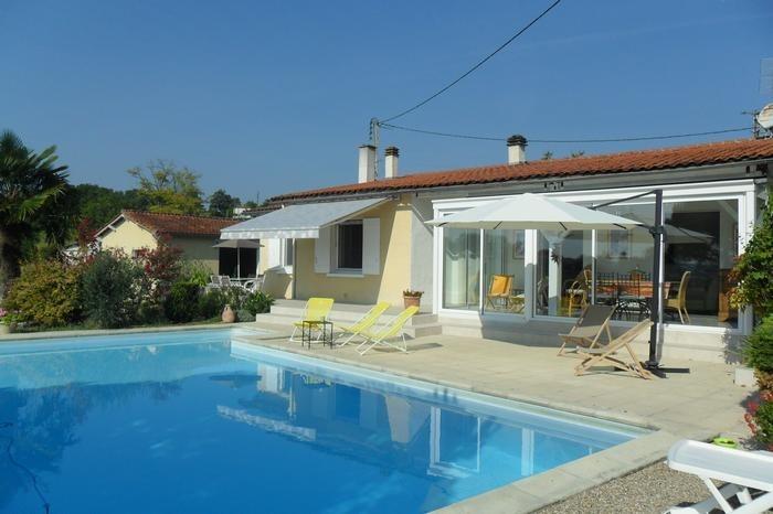 Maison pour 6 pers. avec piscine privée, Saint-Martial-Viveyrol