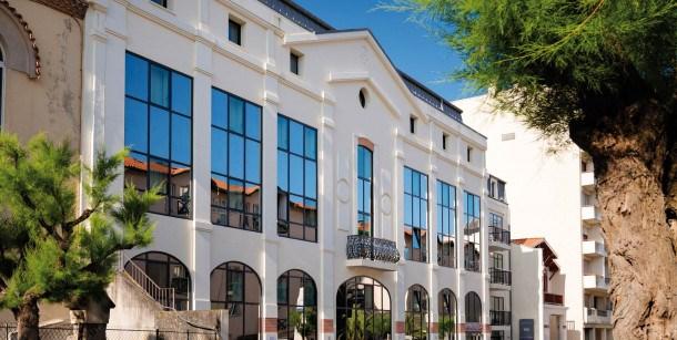 Location vacances Biarritz -  Appartement - 4 personnes - Salon de jardin - Photo N° 1