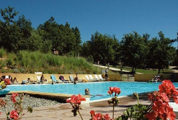 Nos Mobilhomes « Provence » sont conçus pour 6 personnes.