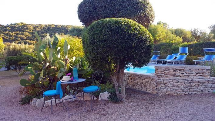 Location vacances Bonifacio -  Appartement - 2 personnes - Chaise longue - Photo N° 1