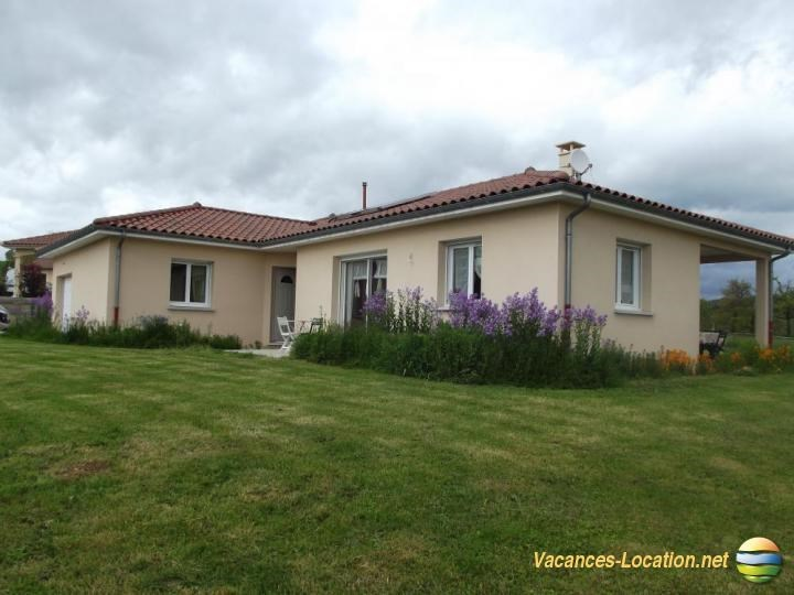 Location vacances Ytrac -  Maison - 6 personnes - Barbecue - Photo N° 1