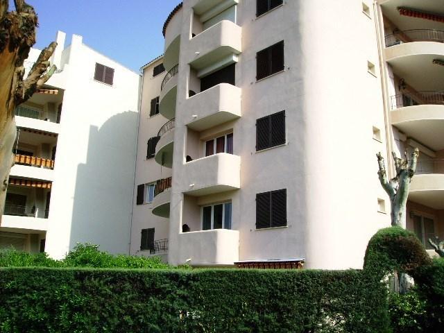 Location vacances Cavalaire-sur-Mer -  Appartement - 4 personnes - Four - Photo N° 1