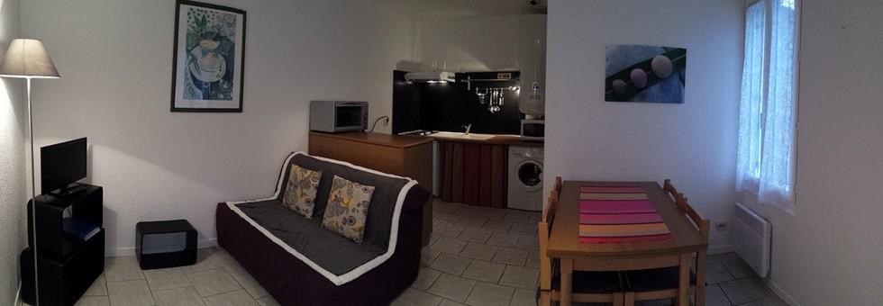 Location vacances Rochefort -  Appartement - 2 personnes - Salon de jardin - Photo N° 1