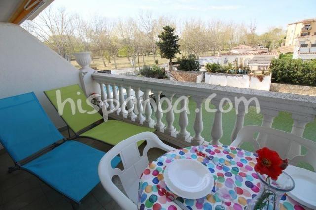 Appartement avec terrasse en location à Empuriabrava |ar0043